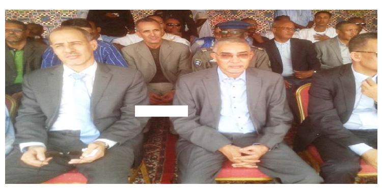 محمد عبد الرحمن ولد خطري الى جانب ولد حدمين غريمه السياسي في جكني